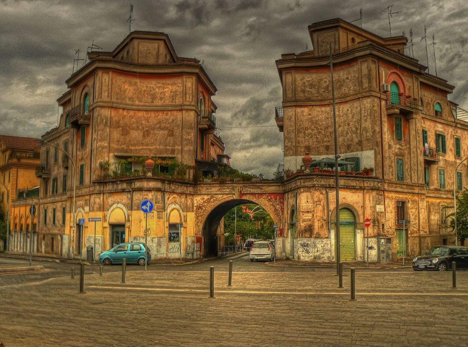 На снимката:  Piazza St Eurosia, La Garbatella, Rome ♥