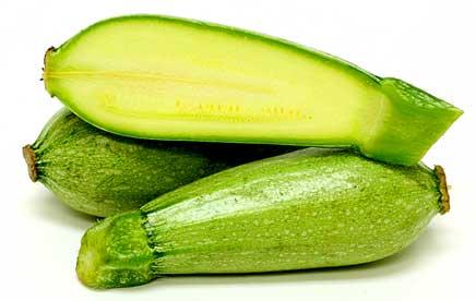 Първи вид тиквички: светло зелени