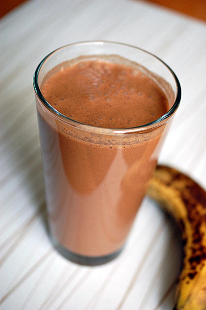 Лешниково - какаово мляко с банан :-)