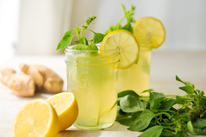 ginger-basil-lemonade